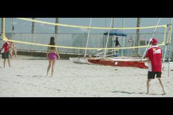 Voleibol de playa con Sebastian Vettel