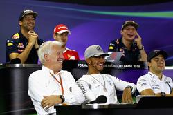Persconferentie: Daniel Ricciardo, Red Bull Racing; Sebastian Vettel, Ferrari; Max Verstappen, Red Bull Racing; Charlie Whiting, FIA; Lewis Hamilton, Mercedes AMG F1; Felipe Massa, Williams; Nico Rosberg, Mercedes AMG F1