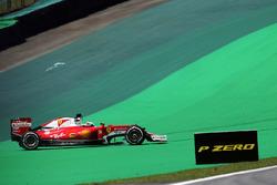 Sebastian Vettel, Ferrari SF16-H en tête-à-queue