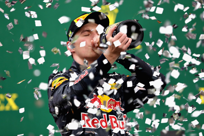 Podium: tercero, Max Verstappen, Red Bull Racing