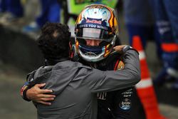 Carlos Sainz Jr., Scuderia Toro Rosso celebrates in parc ferme