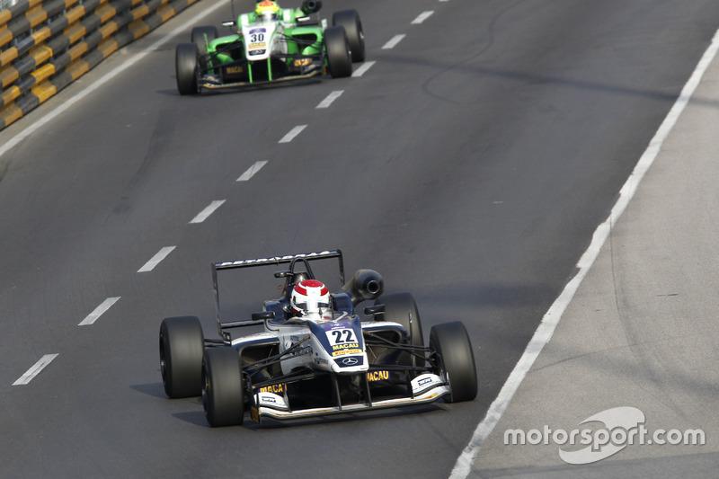 9. Pedro Piquet, Van Amersfoort Racing, Dallara Mercedes