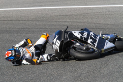 Bradley Smith, Red Bull KTM Factory Racing, crash