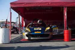 Ferrari Challenge Trofeo Pirelli, Jumat