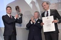 Robert Renauer mit Wolfgang Porsche und Oliver Blume