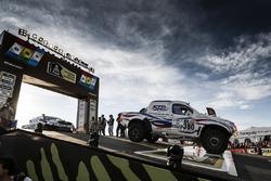 #380 Toyota: Сергей Шихотаров и Олег Уперенко