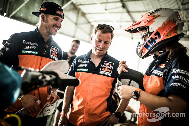 Sam Sunderland; Stefan Huber; Laia Sanz, Red Bull KTM Factory Racing