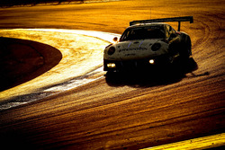 №911 Herberth Motorsport Porsche 991 GT3 R: Даниэль Аллеман, Ральф Бон, Роберт Ренауэр, Альфред Ренауэр, Брендон Хартли