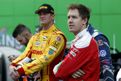 Ryan Hunter-Reay y Sebastian Vettel