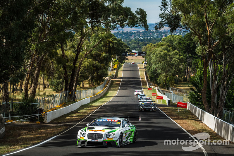 #6: Wie gemalt: Bentley Continental in Bathurst