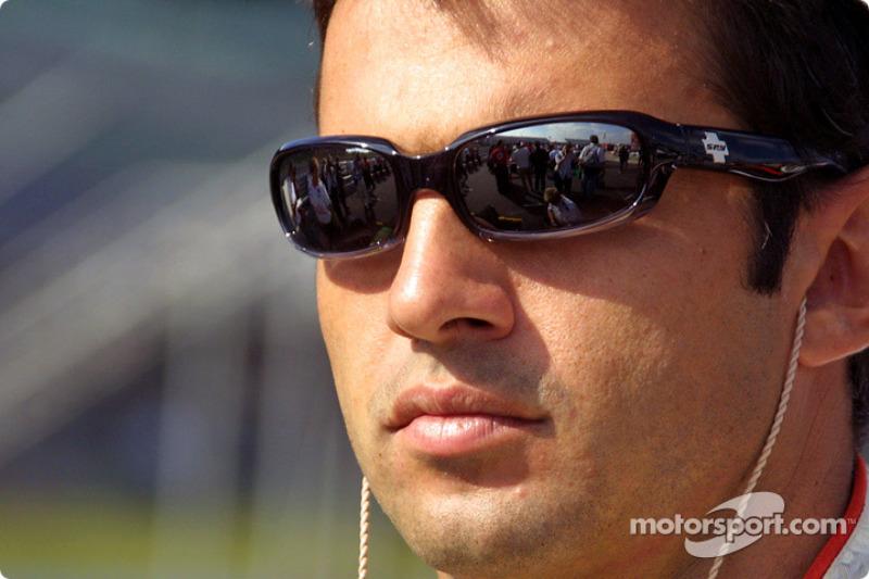 """GP de Surfers Paradise da Indy em 1998: """"Terminei em 3º, mas na época os dois primeiros andavam de pneus Firestone – que estava muito melhor - e nós de Goodyear. Consegui extrair 100% de mim e 100% do carro."""""""