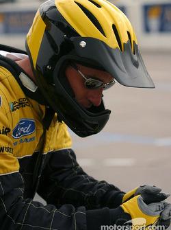 Dale Coyne Racing crew member