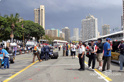 Menacing sky before the race