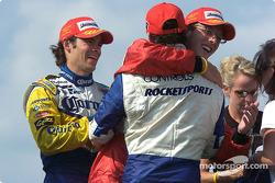 Sébastien Bourdais congratulates Alex Tagliani