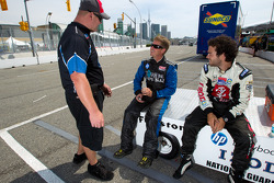 IndyCar two-seater experience: Davey Hamilton and Logan Gomez