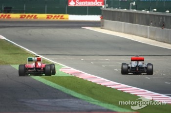 Massa runs wide with the finish line in sight