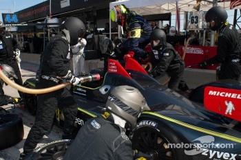 Pit stop for #63 Genoa Racing Oreca FLM09: Eric Lux, Christian Zugel