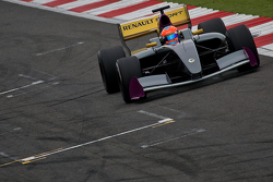 Romain Grosjean Drives the New Formula Renault 3.5 car on its first public outing.