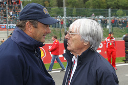 Nigel Mansell with Bernie Ecclestone