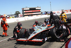 Pit stop for J.R. Hildebrand, Panther Racing