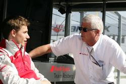 Filipe Albuquerque, Audi Sport Team Rosberg, Audi A4 DTM; Arno Zensen, Teammanager Audi Team Rosberg