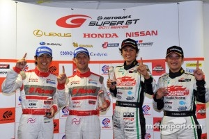 GT500 pole winners Ronnie Quintarelli, Masataka Yanagida and GT300 pole winners Nobuteru Taniguchi, Taku Bamba