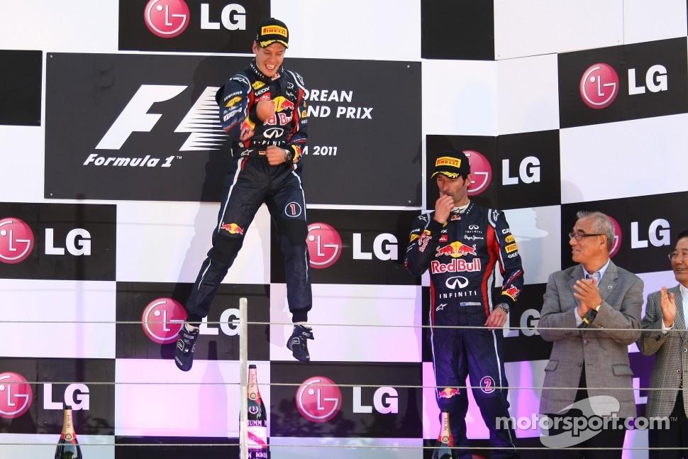 Podium: race winner Sebastian Vettel, Red Bull Racing, third place Mark Webber, Red Bull Racing