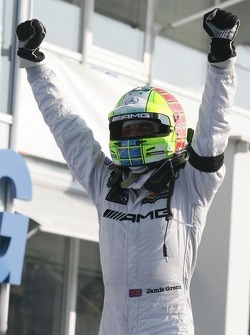Winner Jamie Green, Team HWA, AMG Mercedes C-Klasse