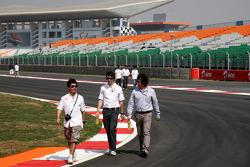 Kamui Kobayashi, Sauber F1 Team walks the track