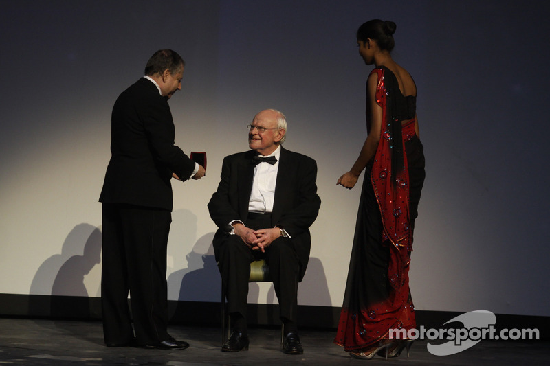 FIA President Jean Todt presents Professor Sid Watkins with the FIA Academy Gold Medal for Motorspor
