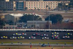 Kyle Busch, Joe Gibbs Racing Toyota leads the pack