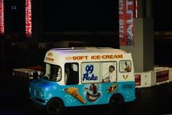 Ice Cream truck pacecar