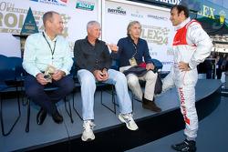 Drivers meeting: Derek Bell and Emanuele Pirro
