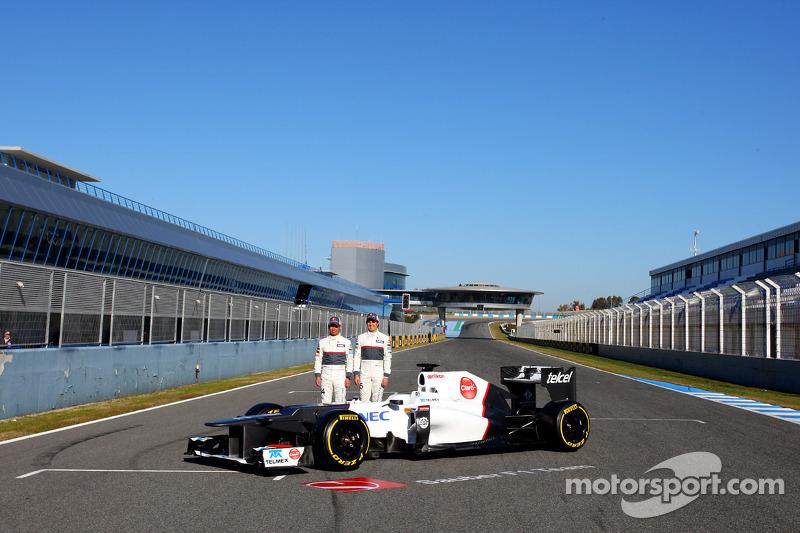 Kamui Kobayashi, Sauber F1 Team met Sergio Perez, Sauber F1 Team
