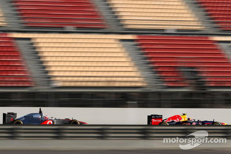 Jenson Button, McLaren Mercedes en Mark Webber, Red Bull Racing