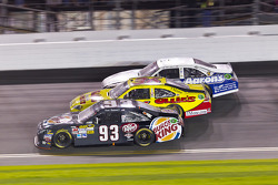 David Reutimann, BK Racing Toyota, Dave Blaney, Tommy Baldwin Racing Chevrolet, Mark Martin, Michael Waltrip Racing Toyota