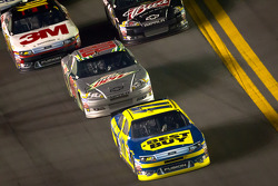 Matt Kenseth, Roush Fenway Racing Ford and Dale Earnhardt Jr., Hendrick Motorsports Chevrolet