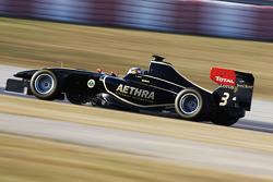 Carlos Sainz Jr, Lotus GP