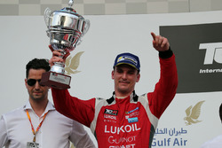 Подіум: Юго Валент, Lukoil Craft-Bamboo Racing, SEAT León TCR