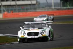 #8 Bentley Team M-Sport, Bentley Continental GT3: Енді Соучек, Максим Суле, Венсан Абріль