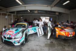 #0 GSR&Studie with Team Ukyo BMW Z4 GT3: Nobuteru Taniguchi, Tatsuya Kataoka and #4 GSR&Studie with Team Ukyo BMW Z4 GT3: Taku Banba, Masahiro Sasaki
