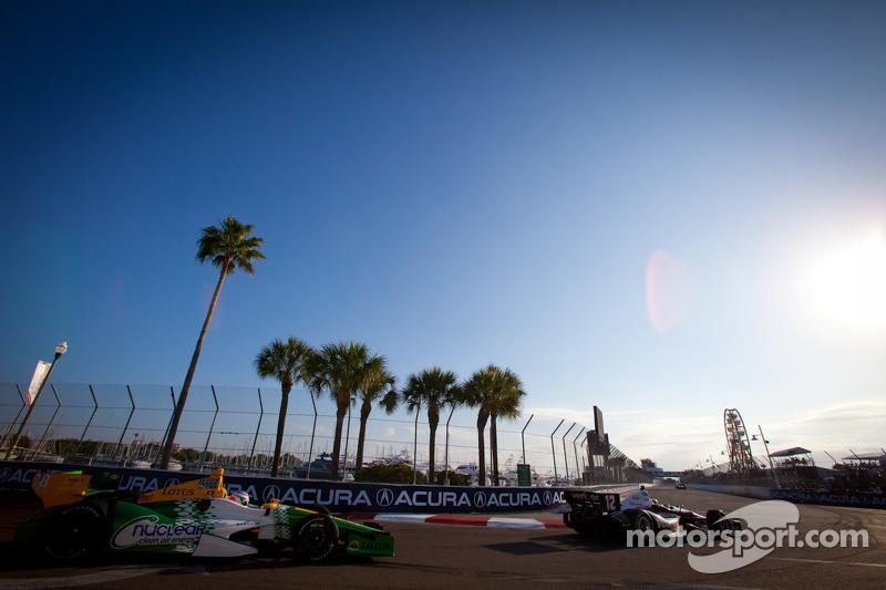 Will Power, Verizon Team Penske Chevrolet, Simona de Silvestro, Lotus HVM Racing Lotus