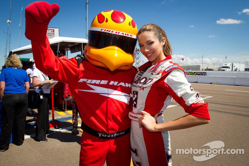 Firestone Firehawk met Miss Izod IndyCar Series
