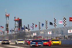 Start: #2 Ferrari of Ft Lauderdale 458TP: Alex Popow leads the field