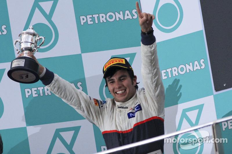 Podio: segundo lugar Sergio Pérez, Sauber F1 Team