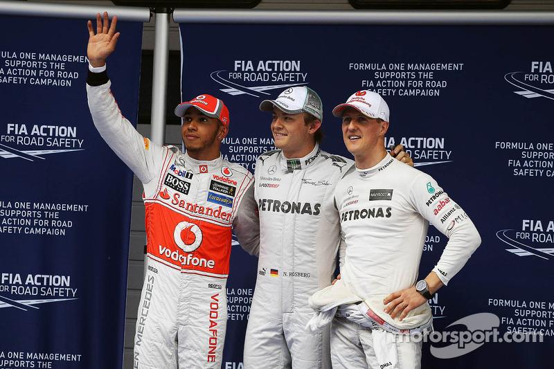 Lewis Hamilton, McLaren, segundo puesto; Ganador de la pole position Nico Rosberg, Mercedes AMG F1,