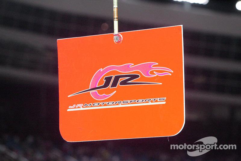 JR Motorsports pitbord