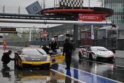 Lamborghini Super Trofeo pitstops