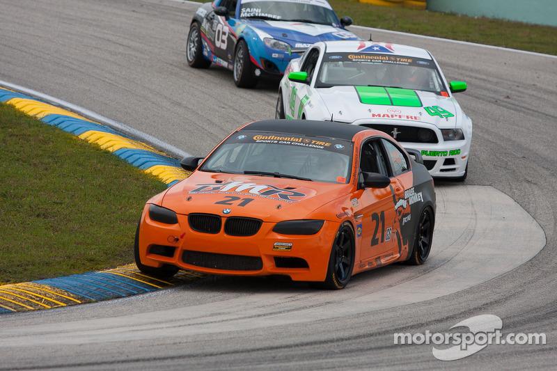 #21 Brass Monkey Racing BMW M3 Coupe: Dave Mundy, Tony Rivera