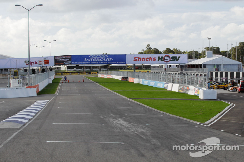 Barbagallo pit entry